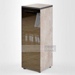 Шкаф средний узкий со стеклянной дверкой