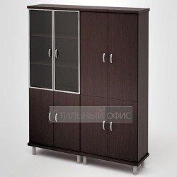Шкаф в кабинет руководителя закрытый