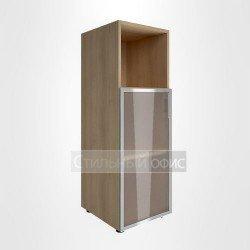 Шкаф узкий с низкой стеклянной дверкой в раме