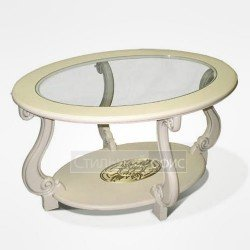 Классический журнальный столик со стеклом