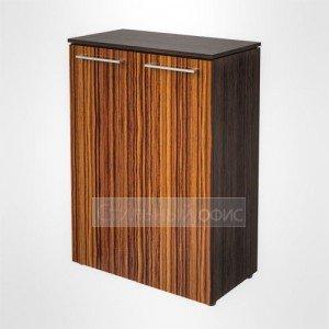 Шкаф закрытый средний широкий офисный для руководителя MMC 85.1