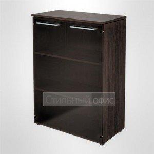 Шкаф закрытый со стеклом широкий средний офисный для руководителя