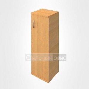 Шкаф средний узкий с деревянной дверью